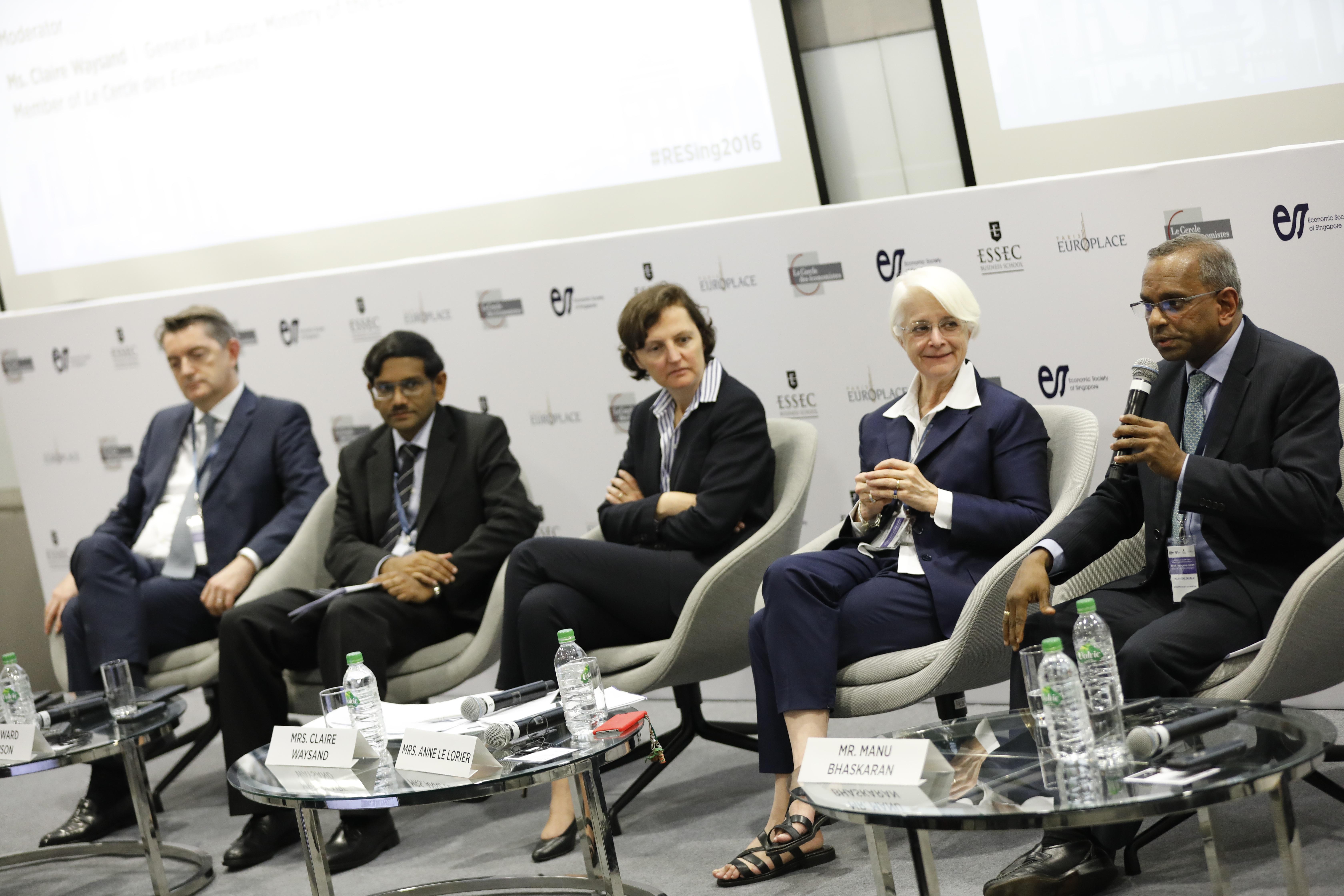 Leslie TEO - Singapour Economic Forum